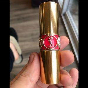 YVES SAINT LAURENT NWOT Rouge Volupté Lipstick